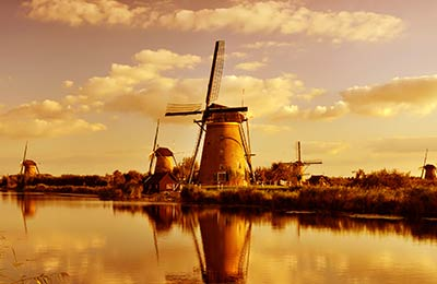 Hollandia Kompok