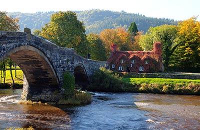 Wales Kompok